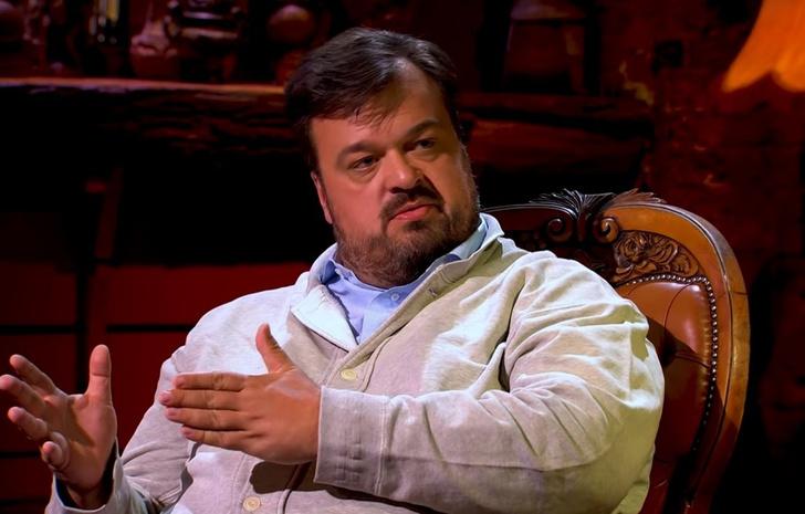Фото №1 - Василий Уткин объяснил, почему его убрали с Первого канала