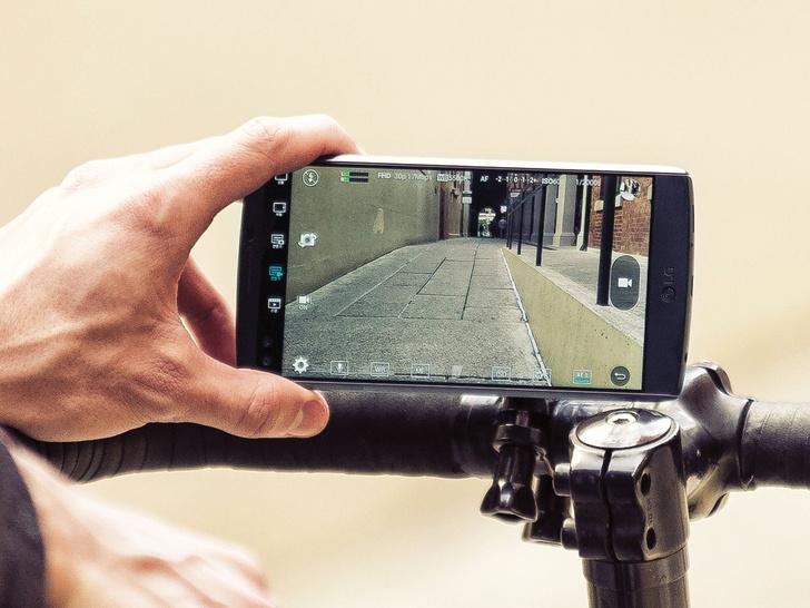 Фото №4 - Два дисплея, один смартфон