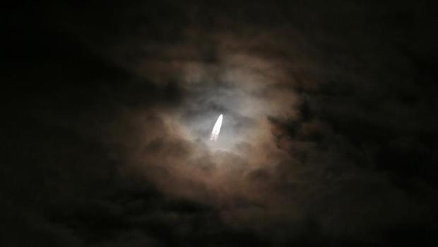 Фото №1 - В США впервые оштрафовали компанию, нелегально запустившую на орбиту спутник