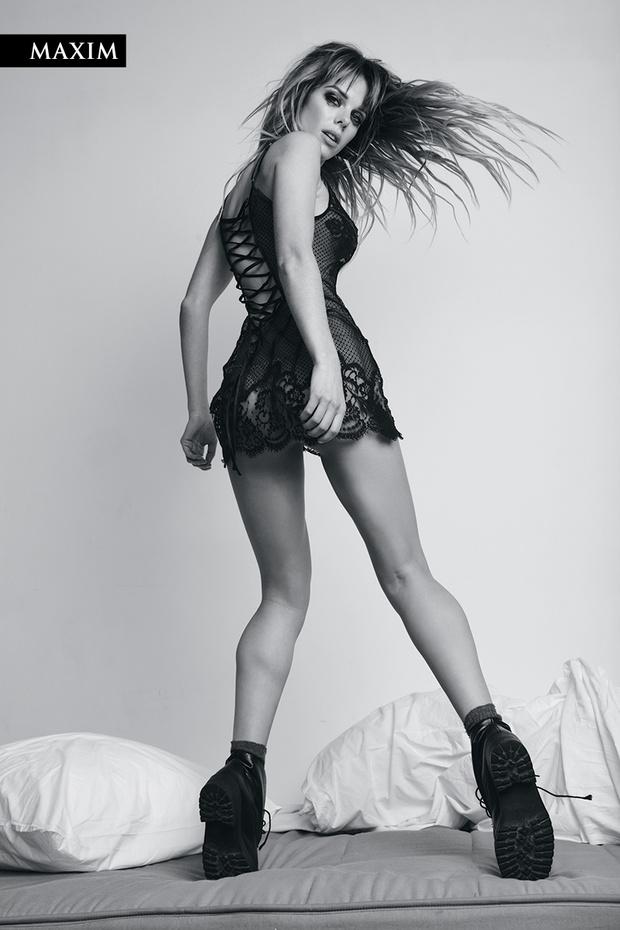 Фото №7 - Долгое утро! Анна Старшенбаум в ошеломляющей черно-белой фотосессии