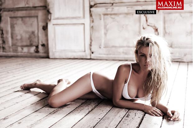 Фото №6 - 8 эксклюзивных фотографий актрисы Натальи Дворецкой — только для читателей сайта MAXIM