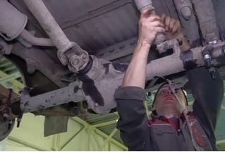 Что получится, если перевернуть мост автомобиля (видео)