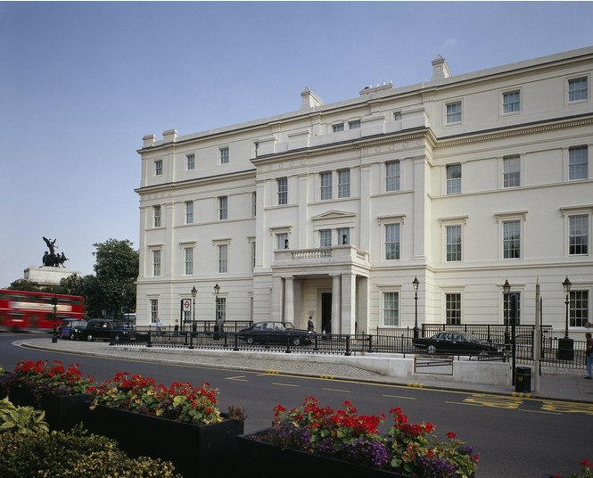 Отель The Lanesborough