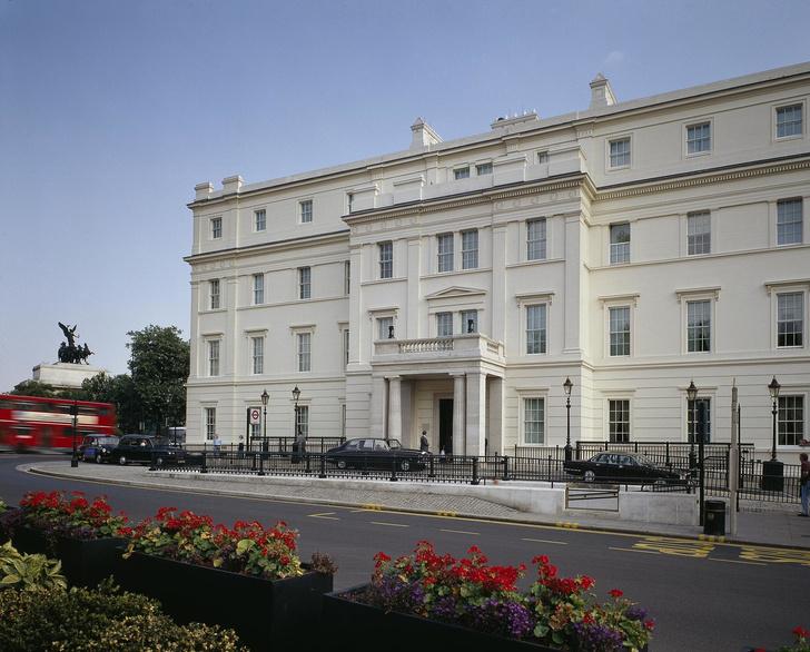 Отель The Lanesborough
