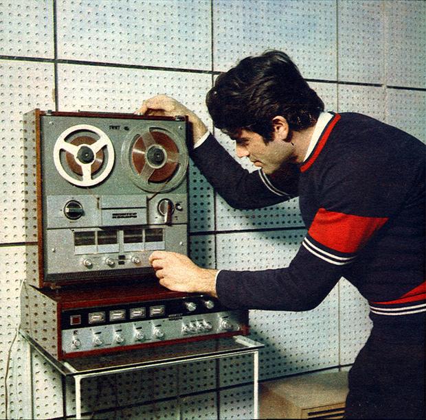 Фото №8 - Советская реклама гаджетов