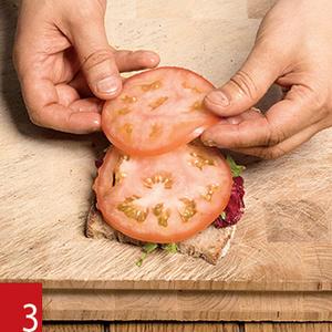 Фото №19 - Маслом внутрь! 4 самых простых мужских сэндвича