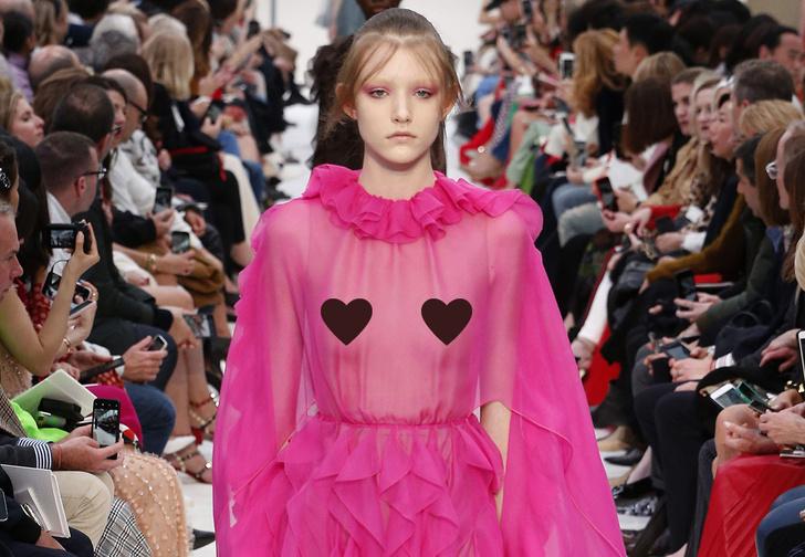 Фото №1 - Самые смелые наряды прошедших Недель моды