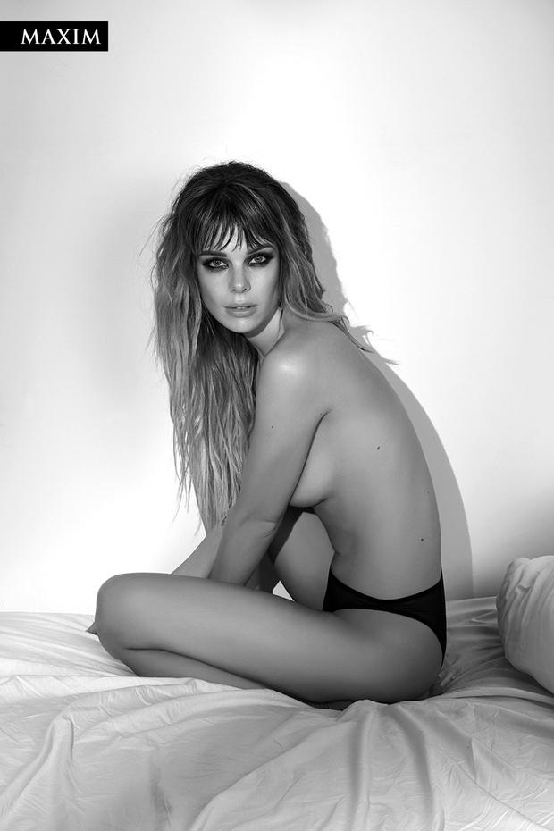 Фото №3 - Долгое утро! Анна Старшенбаум в ошеломляющей черно-белой фотосессии