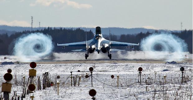 Фото №1 - 9 зрелищных военно-воздушных гифок
