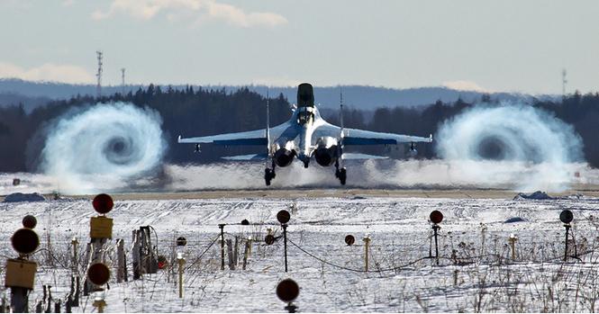 9 завораживающих военно-воздушных гифок