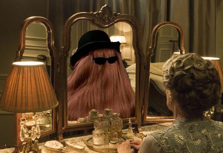 Это волосатое зеркало согреет и распотешит тебя и твое второе я! ВИДЕО