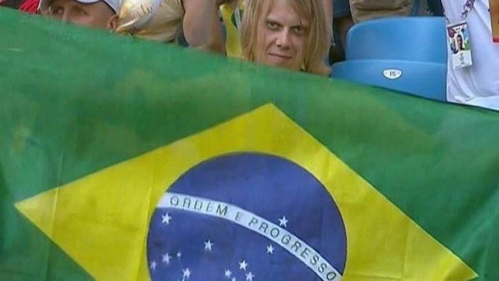 Фото №1 - Инженер с «демоническим взглядом» из Самары стал звездой Бразилии!