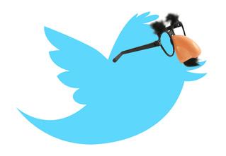 Самый смешной твиттер месяца: @StrangeDecision