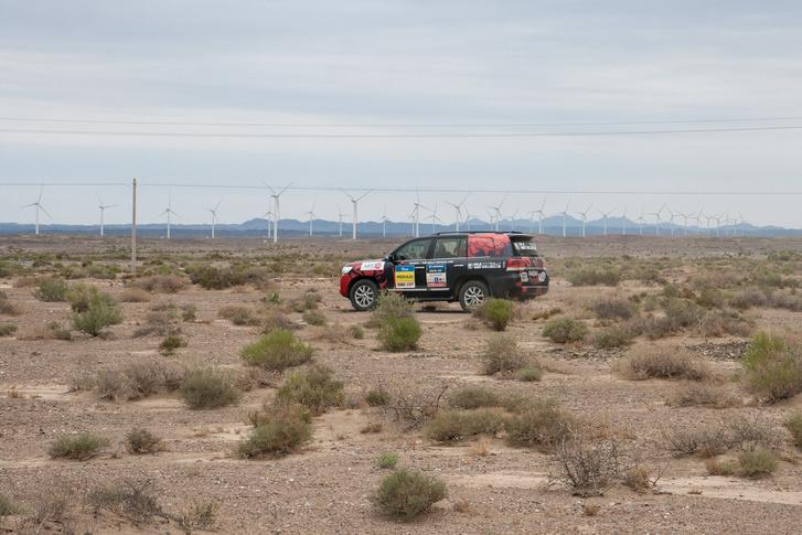 Фото №97 - В пекло и обратно: пытаемся проверить, что умеет Toyota Land Cruiser