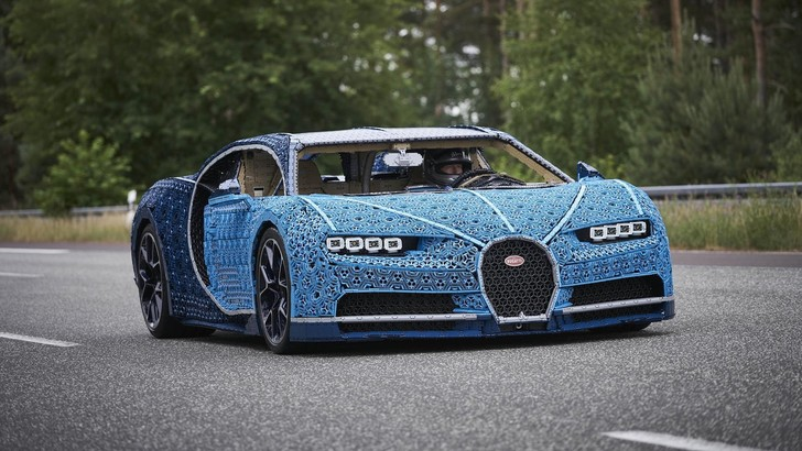 Фото №1 - Bugatti, собранная из Lego (видео)