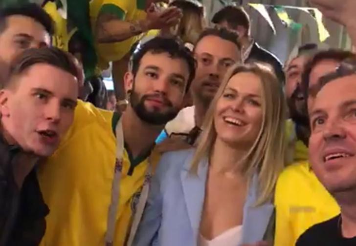 Фото №1 - Бразильские фанаты спели москвичке неприличную песню и выложили видео в Twitter. Реакция не заставила себя долго ждать!