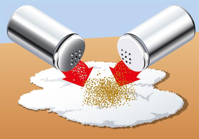 Смешиваем перец и соль