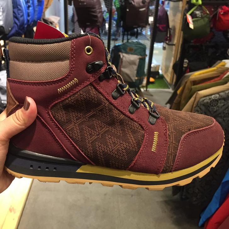 Фото №2 - Американский магазин дешевой обуви поднял цены в 10 раз ради эксперимента