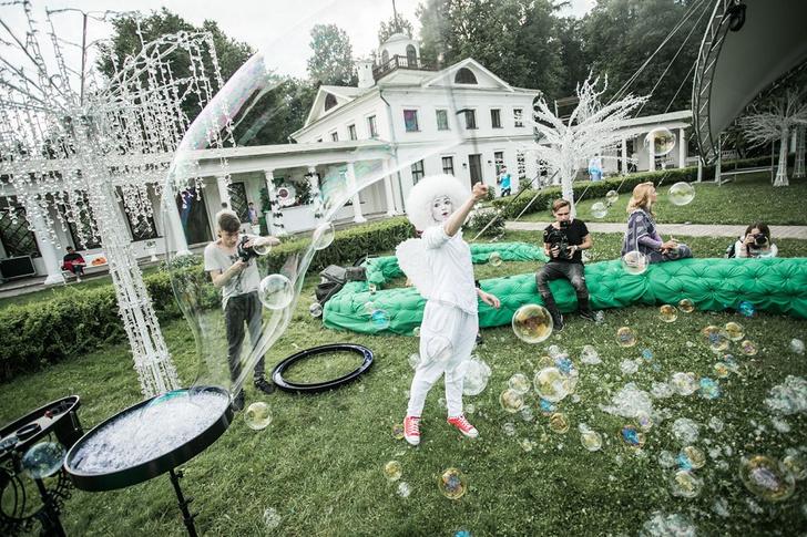 Фото №2 - Все красотки вечеринки Midsummer Night's Dream в одном фотоотчете