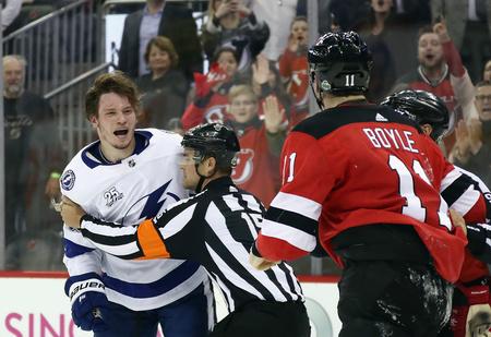 «Я тебя убью, гад! Ты что творишь, на хрен?» — орали в Америке на русского хоккеиста