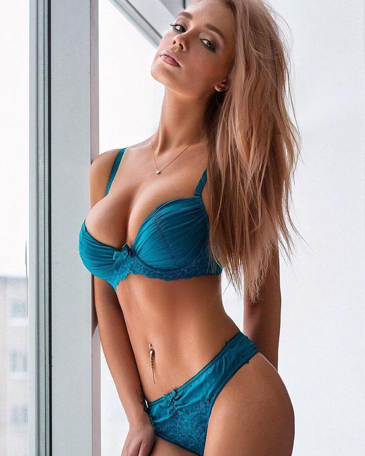http://www.maximonline.ru/images/th/704/717/23192-MzM2YTVjZjI4Zg.jpg