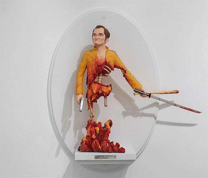 Фото №10 - Скульптор создает диковатые статуэтки знаменитых кинорежиссёров
