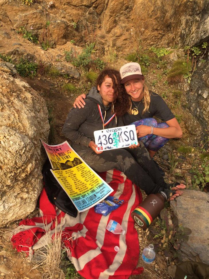 Фото №4 - Девушка упала с 80-метровой скалы и выжила! Но как?!