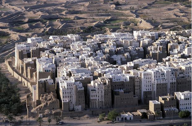 Фото №1 - Глиняные небоскребы Йемена
