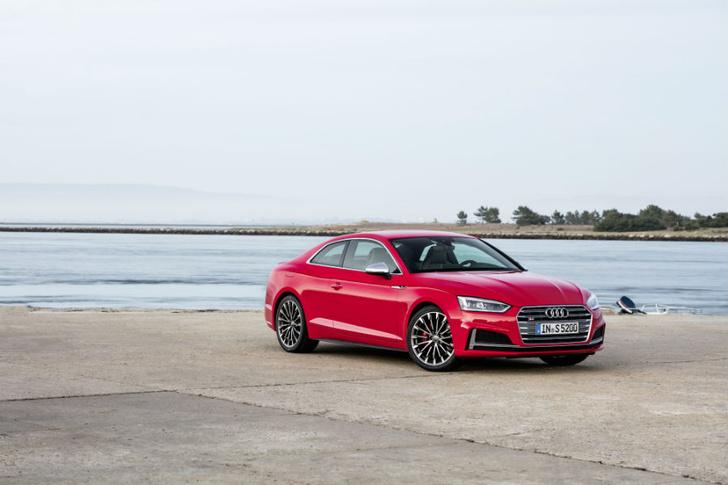 Фото №5 - Быстрее, выше, сильнее: спортивные новинки  Audi A5 и Audi S5 Coupé