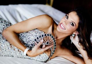 «Мисс Вселенной — 2017» стала француженка. И она космически сексуальна!