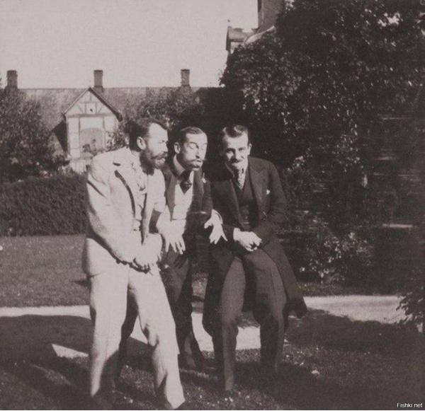Николай II и греческий принц Николай (и некто третий)