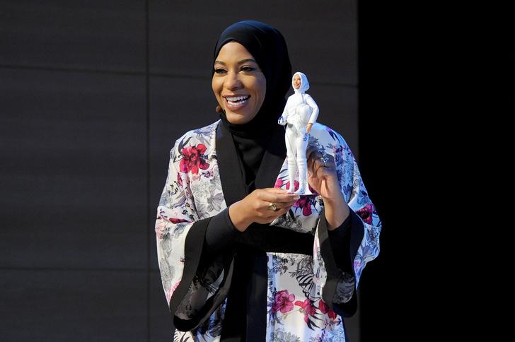 Фото №2 - Доигрались: выпущена первая Барби в хиджабе