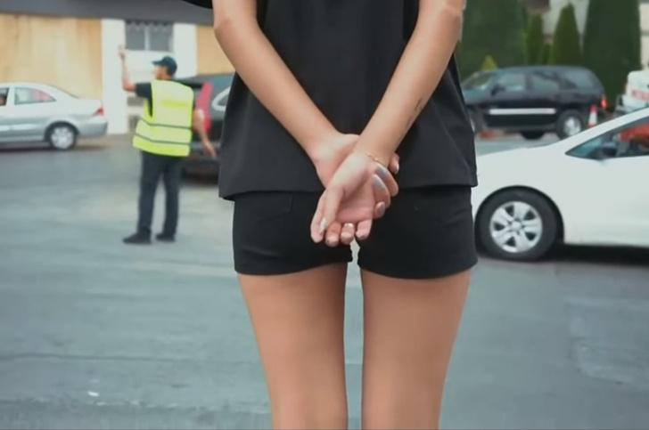 Фото №1 - Сенсация: ливанских девушек-полицейских одели в откровенную форму! (ВИДЕО)