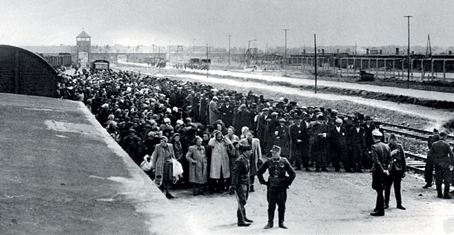 Прибытие в Освенцим