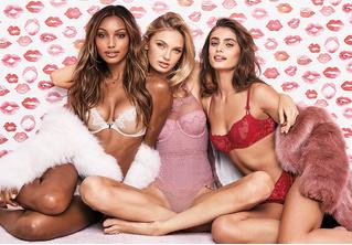 Сердечная достаточность: что подарить девушке в День святого Валентина