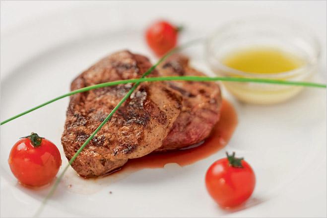 Фото №7 - Кровавая пища. Сочная статья о мясе и вине с рецептами