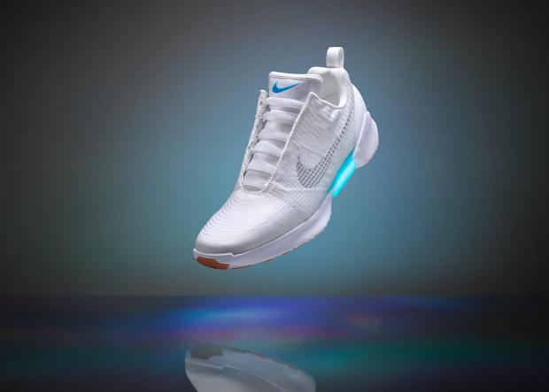 Фото №1 - Nike всё же выпустит в 2019 году доступные самошнурующиеся кроссовки