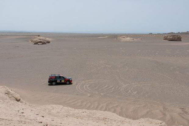 Фото №99 - В пекло и обратно: пытаемся проверить, что умеет Toyota Land Cruiser