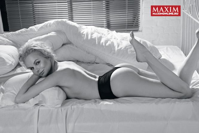 Фото №5 - Настасья Самбурская, Алиса Вокс, дочь Сильвестра Сталлоне и другие самые сексуальные девушки этой недели