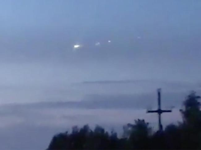 Фото №1 - Вжух! Над Сургутом пролетел метеорит! Стремительное ВИДЕО