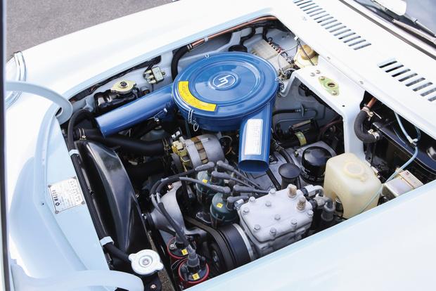 Фото №9 - Все, что ты хотел знать о роторных двигателях, но стеснялся спросить у этих… ну, с гаечными ключами