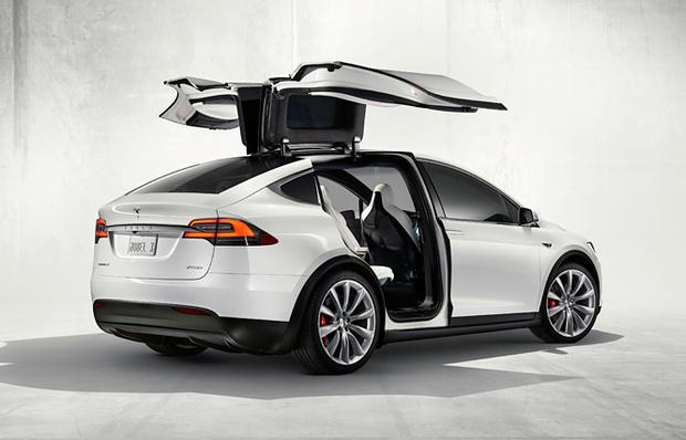 Электромобиль Tesla