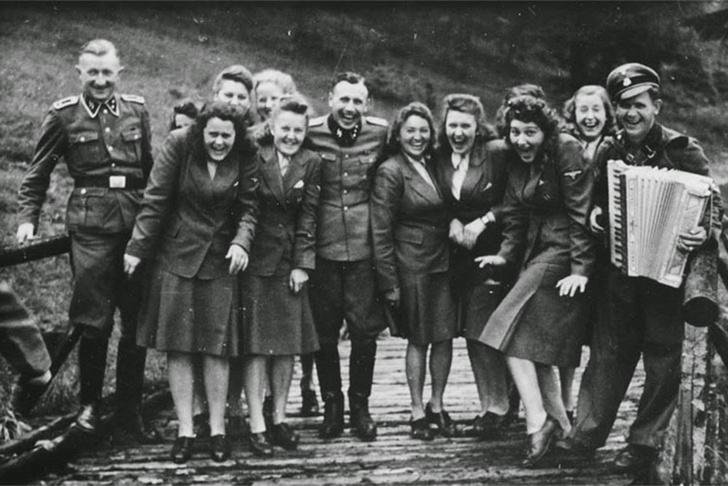 Фото №8 - Русский разведчик смеется перед расстрелом. И еще 8 поразительных фотографий Второй мировой войны