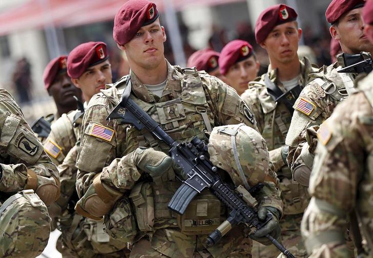 Фото №1 - Армия США займется киберспортом, чтобы привлечь больше новобранцев