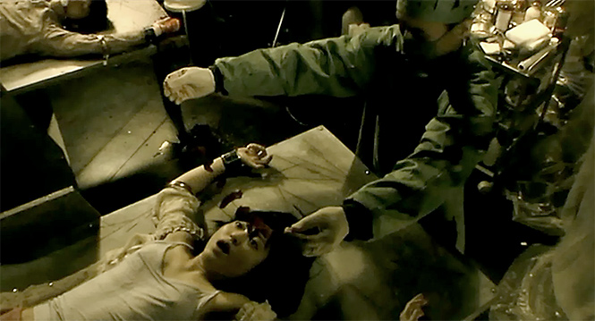 Фото №7 - 10 лучших врачей-психопатов в кино