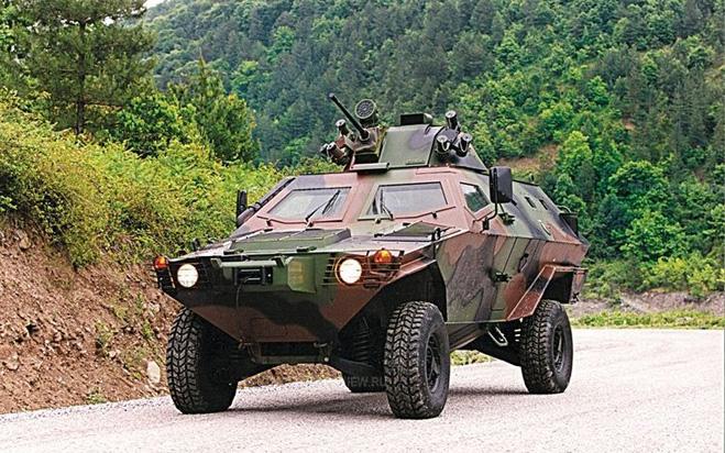 Бронеавтомобиль Otokar Cobra
