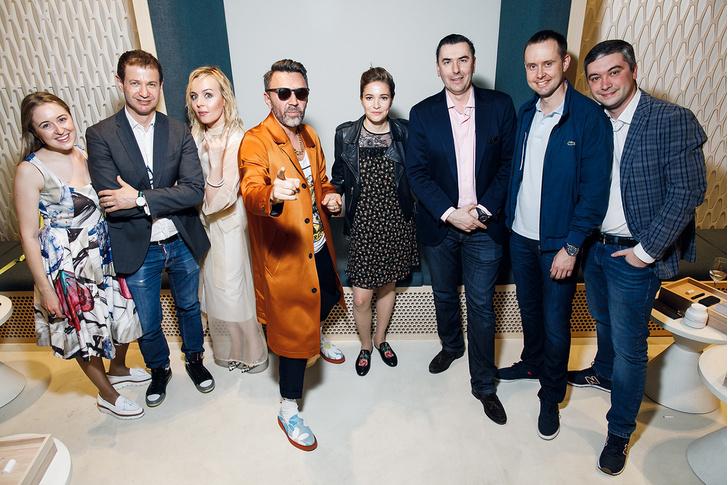 Фото №2 - Инновационный бренд IQOS открыл первый флагманский бутик в Северной столице
