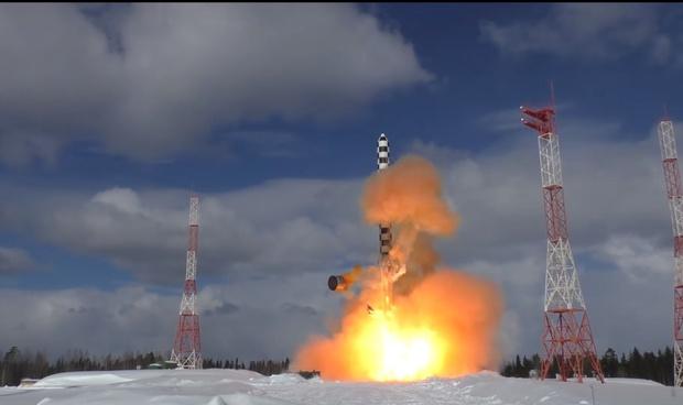 Фото №1 - Испытания той самой ракеты «Сармат» из послания президента (грозное межконтинентальное ВИДЕО)