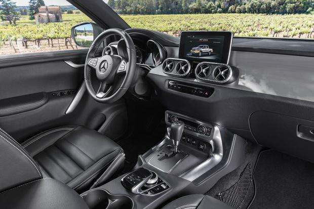 Фото №7 - Приехали: Mercedes-Benz представил пикап