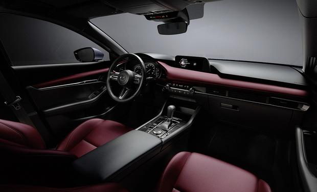 Фото №2 - Без остановки: новое поколение Mazda 3